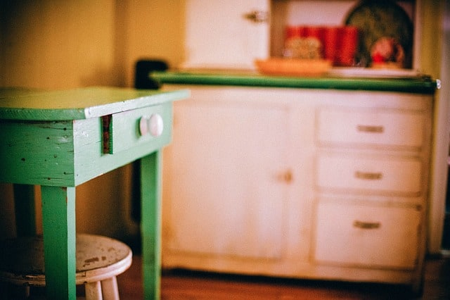 Replace kitchen drawers for a new look